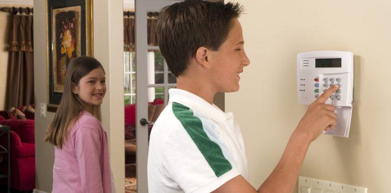 Сигнализационные системы для охраны квартиры