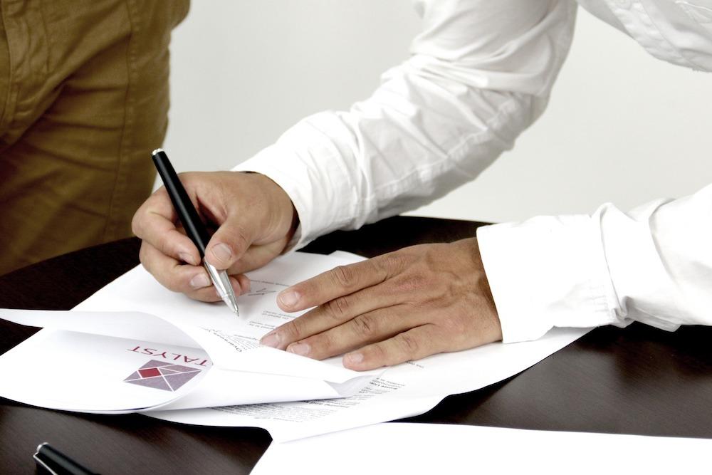 Особенности заключения договоров